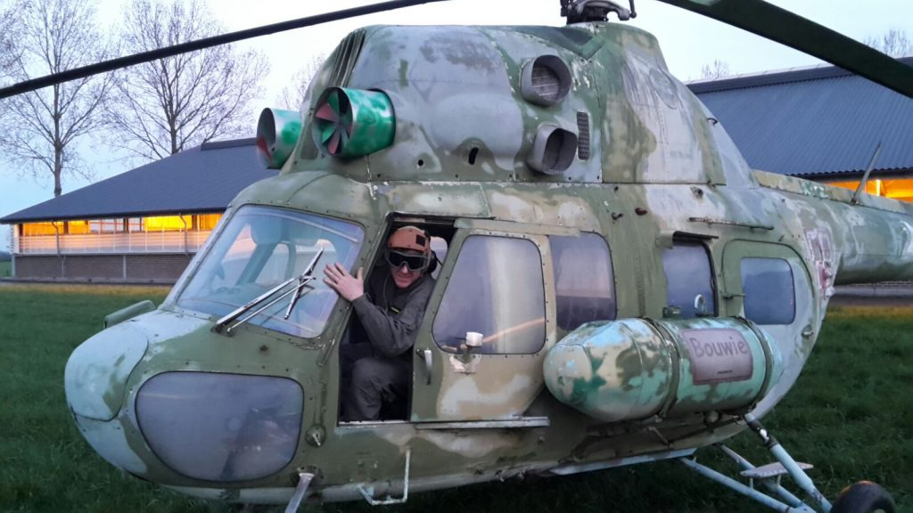 Helikopter Mi-2 / Uniek / ideaal voor reclame doeleinden